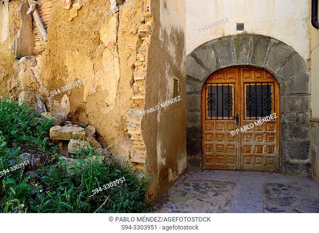 Rustic alley in Agreda, Soria, Spain