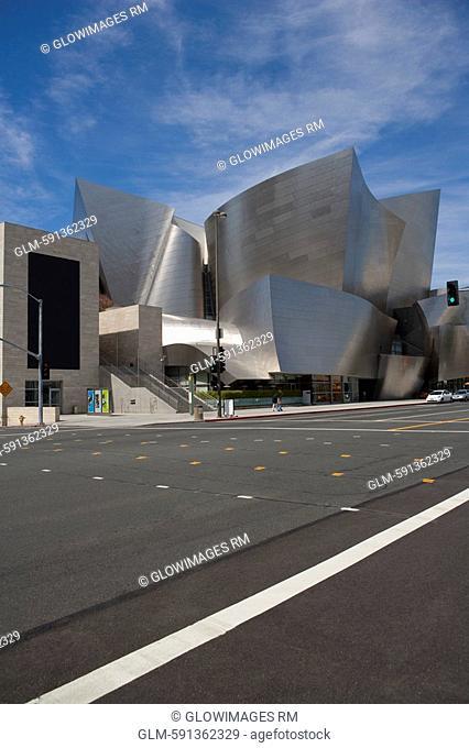 Concert hall at the roadside, Walt Disney Concert Hall, Los Angeles, California, USA