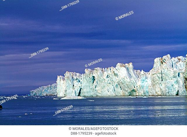 Norway, Svalbard, Spitsbergen, Nordaustlandet , Brasvell's glacier