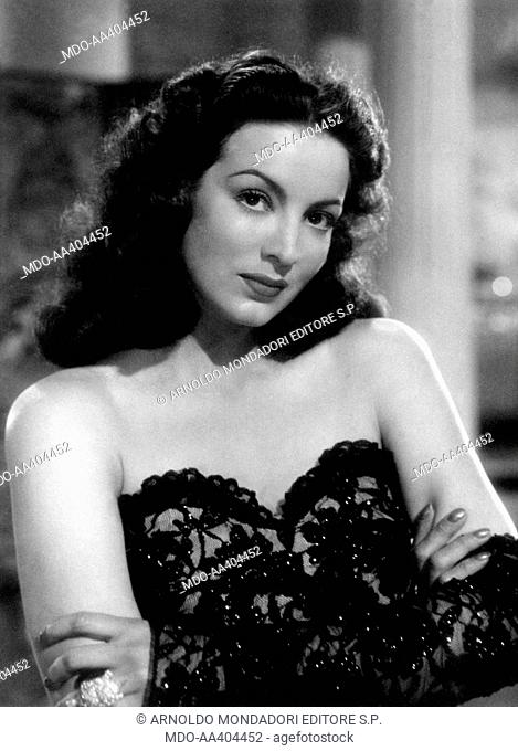 Maria Félix in The Kneeling Goddess. Mexican actress Maria Félix wearing a lace bodice in the film The Kneeling Goddess. 1947