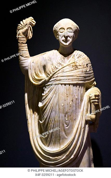 Turkey, Izmir province, Selcuk city, archaeological site of Ephesus, museum, statue