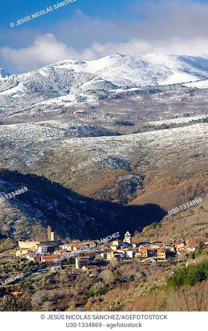 Overview of Sierra de Francia in winter, with a small town, San Martín del Castañar, in close-up, Salamanca province, Biosphere Reserve of Sierra de Béjar and...