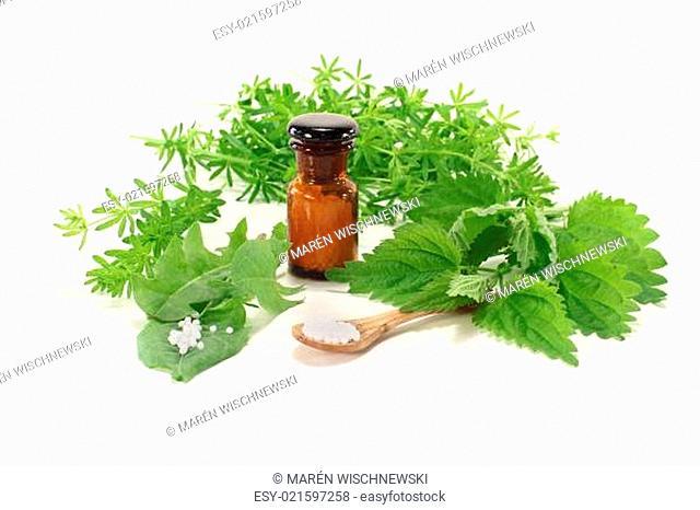 Homöopathie mit Apothekerflasche