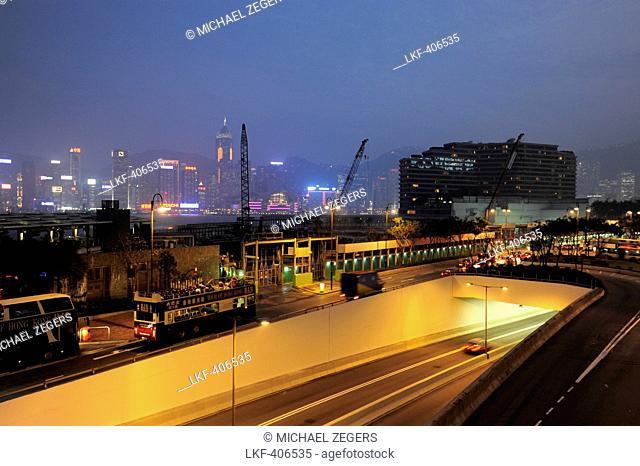 Highway going underground, Salisbury Road in the evening, Tsim Sha Tsui, Kowloon, Hongkong, Hong Kong, China, Asia