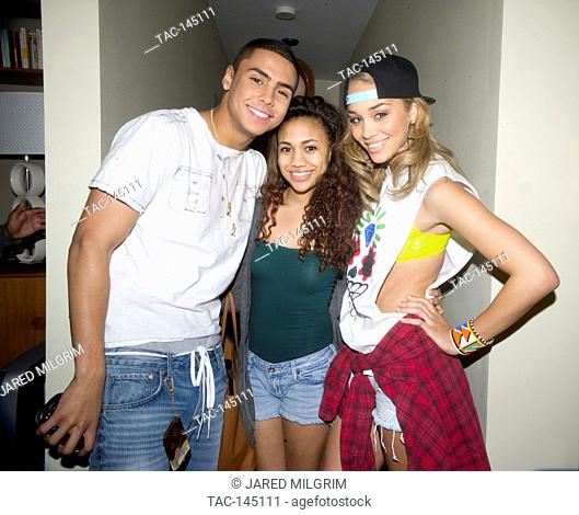 """Quincy Brown (l) and Jasmine Sanders (r) on set of Quincy Brown """"""""Stay Awhile"""""""" music video in Los Angeles, California"""