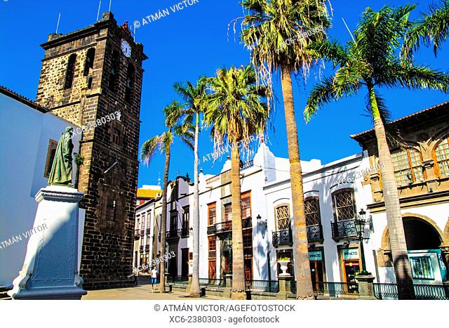 Spain square and El Salvador church in Santa Cruz de La palma municipality