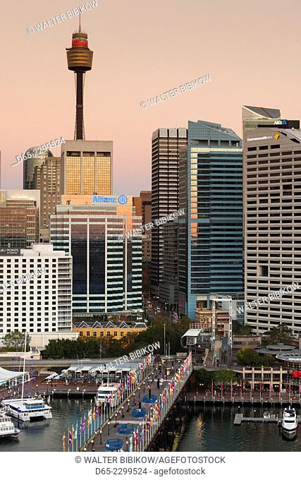Australia, New South Wales, NSW, Sydney, CBD, Sydney Tower, dusk