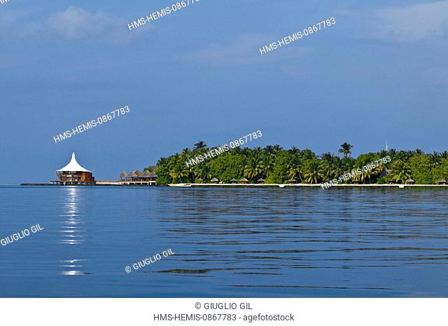 Maldives, North Male Atoll, Vadhoo Island off Male city