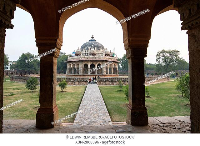 View Isa Khan Niyazi's tomb, located in New Delhi, India