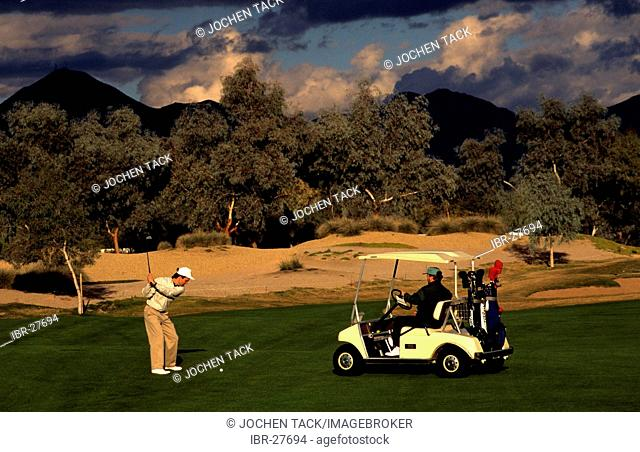 USA, United States of America, Arizona: golf cours in Phoenix. Hyatt Regency, Gainey Ranch Lakes Course