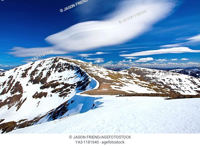 Scotland, Scottish Highlands, Cairngorms National Park  Looking towards the snow covered Cairn Toul, with the southern peaks of the National Park in the...