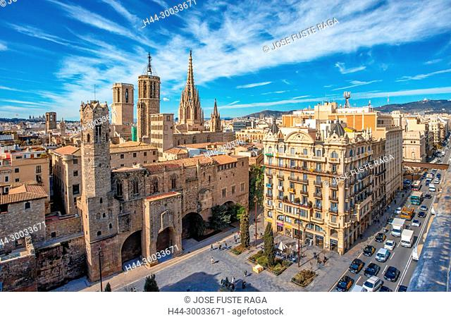 Barcelona Cathedral, Barcelona City, Ciutat Vella, Gotic district, skyline, spain