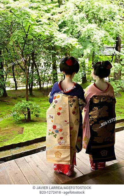 Maiko, Geisha, Ryoanji Temple, Kyoto, Japan