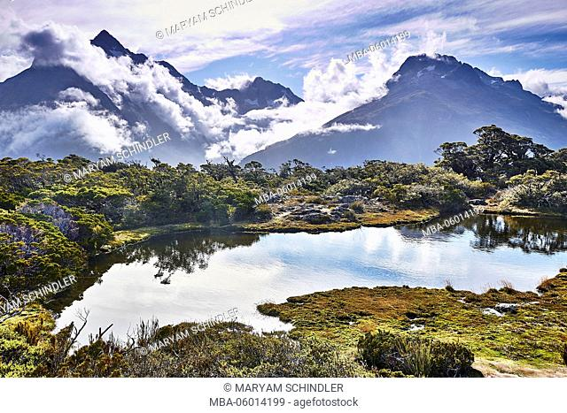New Zealand, south island, fjord country, Key Summit, mountain lake and mountaintop in the background