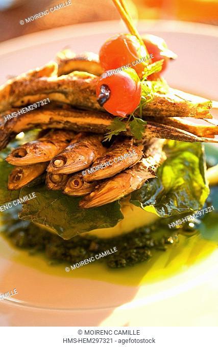 France, Pyrennees Orientales, Port Vendres, Le poisson Rouge Restaurant, Anchois grilles a la Plancha grilled anchovies