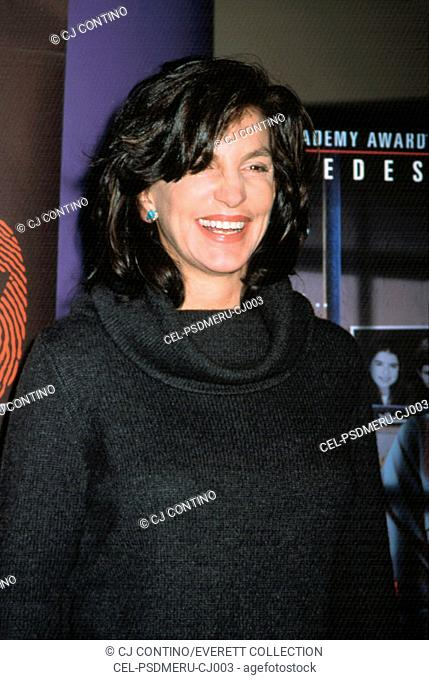 Mercedes Ruehl Premiere Stock Photos And Images Age Fotostock