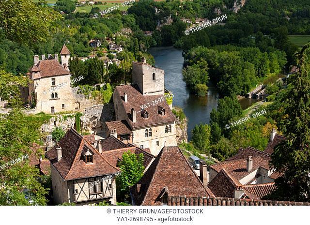 France, Quercy, Lot (46), Saint-Cirq-Lapopie village and Lot river
