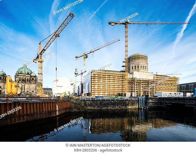 New Humbolt Centre under construction at Lustgarten in Mitte Berlin Germany
