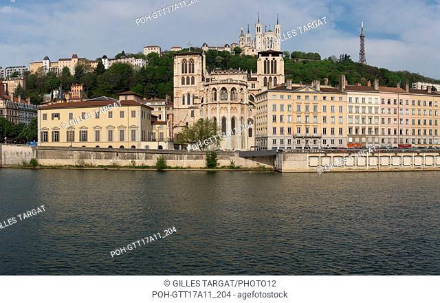 France, Lyon, Quays of the Saône River, Quai Romain Rolland, Basilica of Notre Dame de Fourvière and Cathédrale Saint-Jean-Baptiste, Photo Gilles Targat