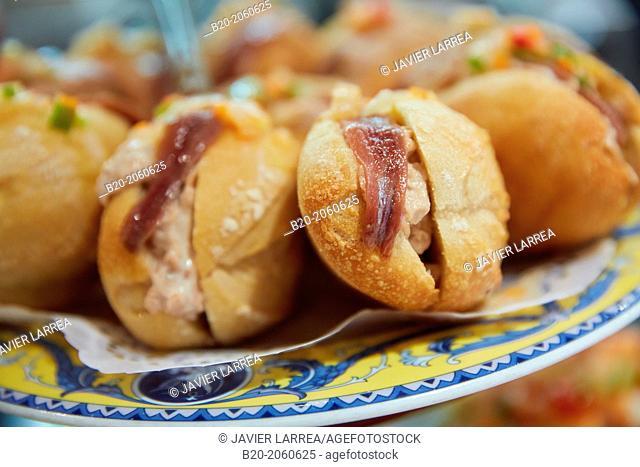 Tuna sandwich with anchovies, 'pintxos' at Bar Txondorra in ol town, Donostia (San Sebastian), Gipuzkoa, Basque Country, Spain