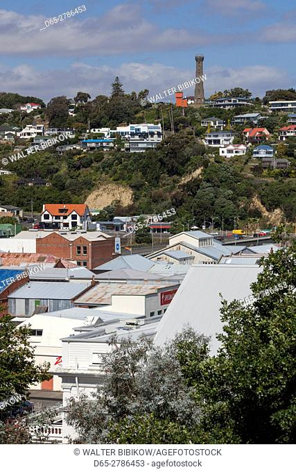 New Zealand, North Island, Wanganui, city skyline with Durie Hill Tower