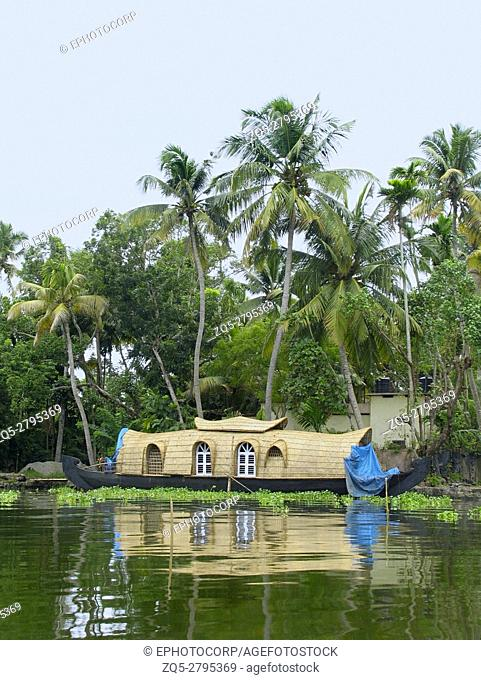 Houseboat - fully furnished bedrooms. Kerala
