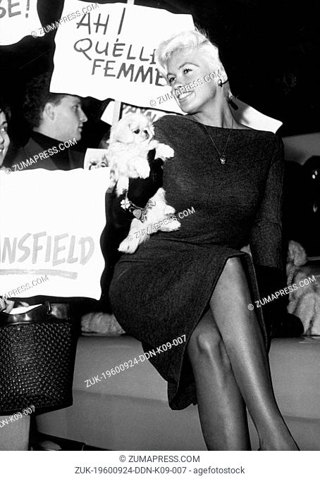 Sep. 24, 1960 - Paris, France - Actress JAYNE MANSFIELD arrives in Paris, where she is to attend the premiere of her new film 'The Explosive Blond One'