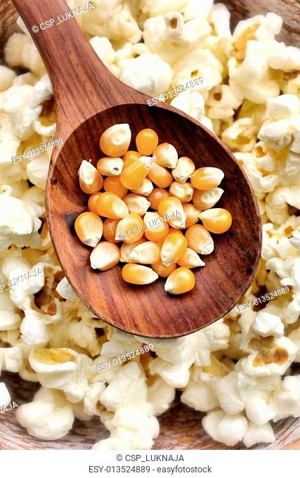 Corn kernels and cornmeal Stock Photos and Images | age