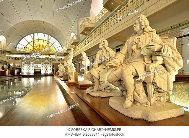 France, Nord, Roubaix, La Piscine museum or art and industry museum of André Diligent, interior room
