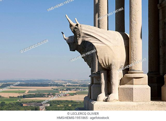 France, Aisne, Laon, cathedral Notre Dame, beef gargoyle