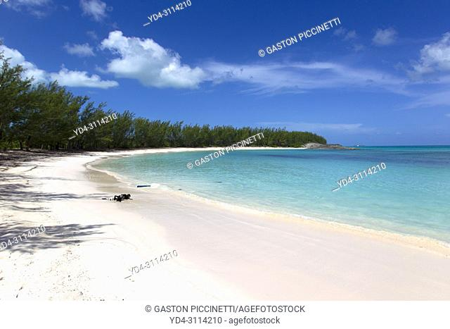 Ben Bay Beach, North Eleuthera Island, Bahamas. . bahamas island; eleuthera; beach; travel destination; caribean; sea; colour image; day; photography; outdoor;...
