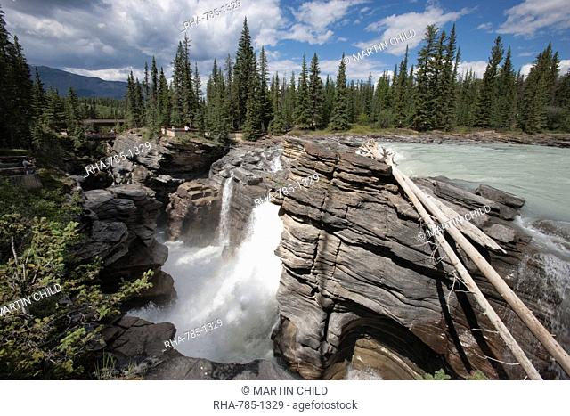 Athabasca Falls, Jasper National Park, UNESCO World Heritage Site, British Columbia, Rocky Mountains, Canada, North America
