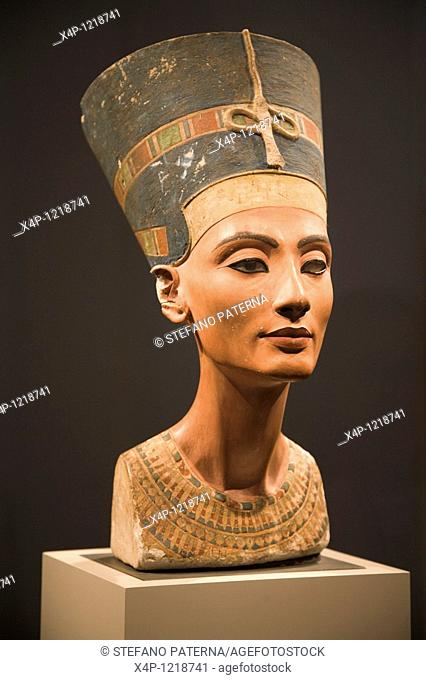Bust Of Queen Nefertiti, About 1340 B C, Neues Museum, Berlin, Germany