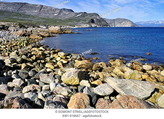 rocky beach at Saglek Fjord, Torngat Mountains National Park, Newfoundland and Labrador, Canada
