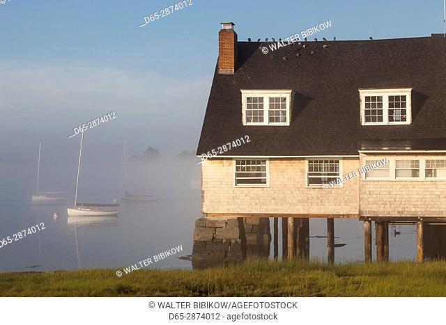 USA, Massachusetts, Cape Ann, Annisquam, Annisquam Yacht Club in summer fog