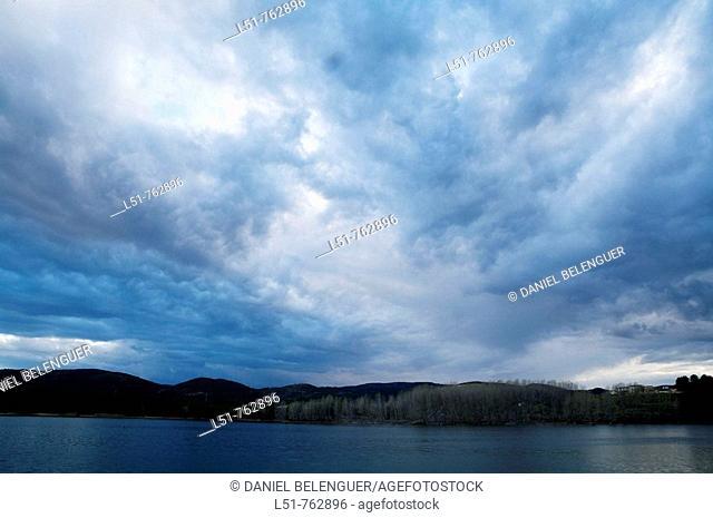 General view of reservoir of Regajo, Navajas, Segorbe, Castellón, Comunidad Valenciana, Spain, Europe