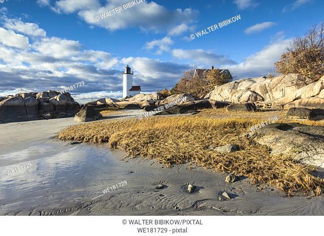 USA, New England, Massachusetts, Cape Ann, Gloucester, Annisquam Lighthouse, late afternoon, autumn