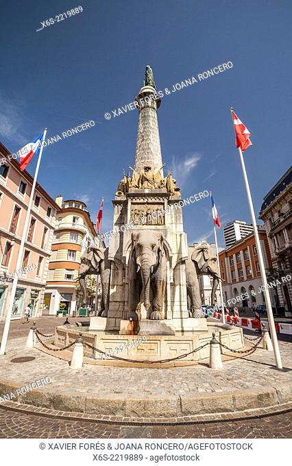Fontaine des Eléphants, Chambery, Savoie Rhône-Alpes, France