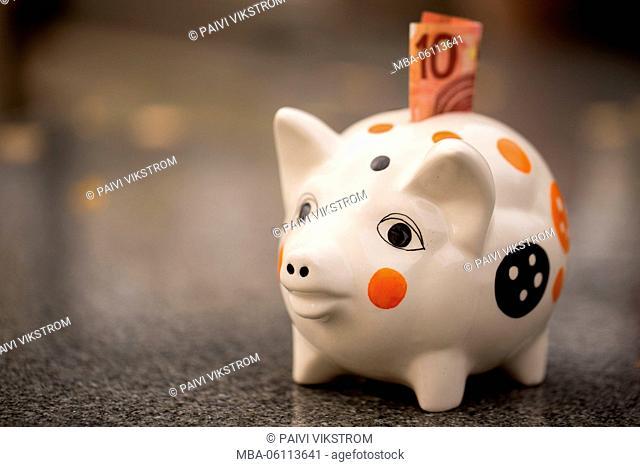 Piggybank gets note