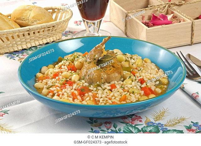 Rice with quails and beans