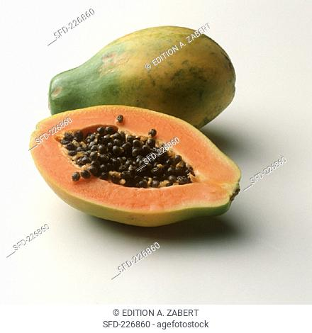 Whole and half papaya (2)