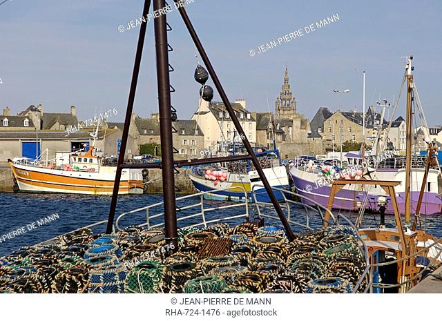 Roscoff Harbour, North Finistere, Brittany, France, Europe