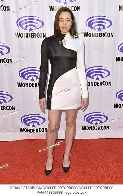 Aubrey Plaza at the Photocall to the FX TV series 'Legion' at the WonderCon 2019 at the Anaheim Convention Center. Anaheim, 29.03