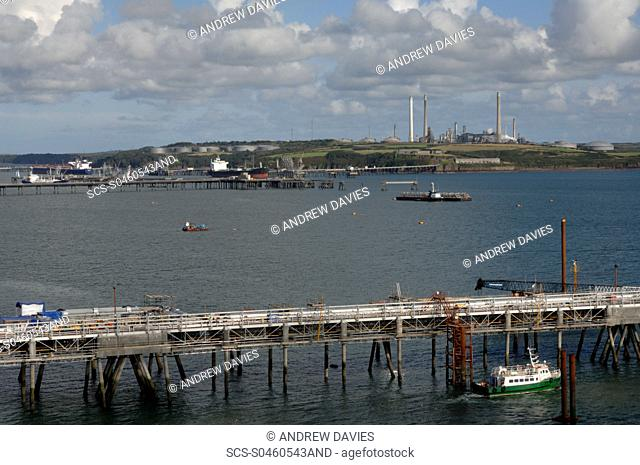 Jetty construction, South Hook LNG, Milford Haven, Pembrokeshire, Wales, UK, Great Britain