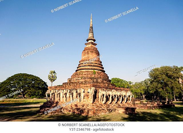 Asia. Thailand, Sukhothai (old capital of Siam), classified as a World UNESCO Heritage. Wat Chang Lom