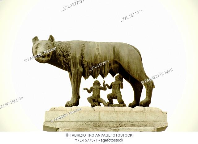 Bronze statue of the Capitoline she-wolf