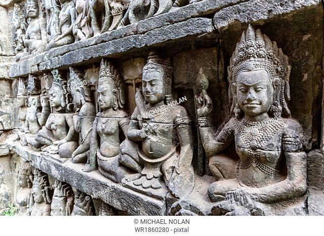 Apsara carvings in the Leper King Terrace in Angkor Thom, Angkor, UNESCO World Heritage Site, Cambodia, Indochina, Southeast Asia, Asia