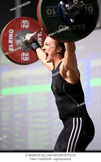 Anni Vuohijoki (Durlach) in action. GES / Wrestling 1st Bundesliga: KSV Durlach - AC Mutterstadt, 06.10.2018 Sport: 1st. German Weightlifting League: SV Durlach...