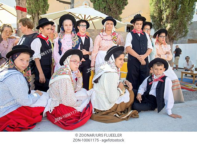 traditional portugese Dance at the Saturday Market in the town of Loule in the Algarve in the south of Portugal in Europe