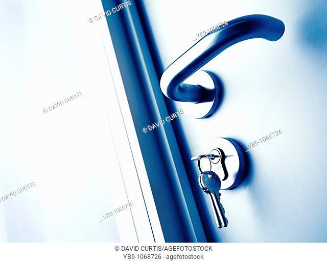 Door handle with keys in